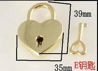 Замочек навесной сердце с ключом 35*39 мм золото