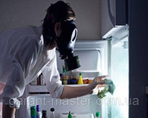 Как избавиться от неприятных запахов в холодильнике