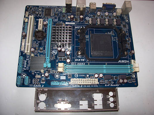 Gigabyte GA-78MLT-S2  Socket AM3+ Б/У Полностью рабочая!