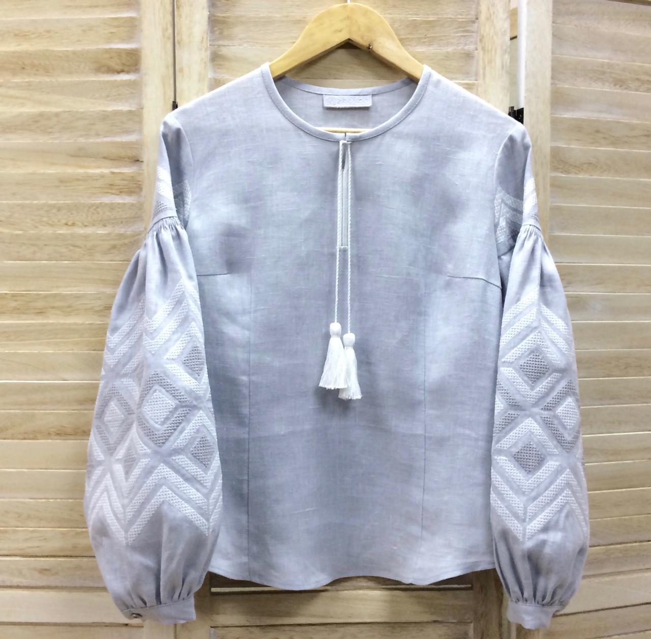15eee1894446f6 Стильна вишиванка з сірого льону візерунок вишивка ромби в колір тканини