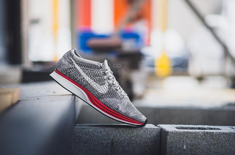 Кроссовки женские Nike Flyknit Racer / NKR-875