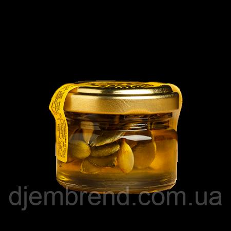 Мед с тыквенными семечками,