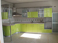 Кухни с фасадами из крашеного МДФ