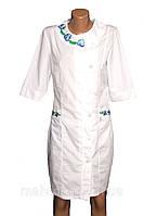 Медицинский халат р 40 вышивка.
