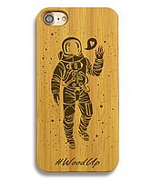 Деревянный чехол на Iphone 6 plus с лазерной гравировкой Космонавт-2