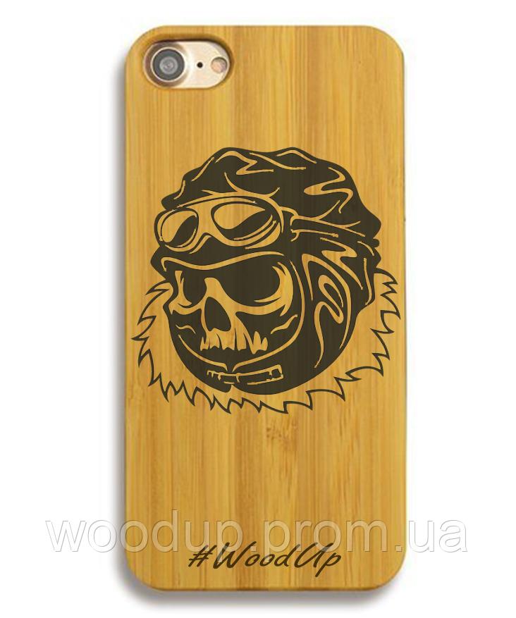 Деревянный чехол на Iphone 6 plus с лазерной гравировкой Череп
