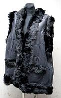 Жилетка женская из овечьей шерсти и кусочков кожи