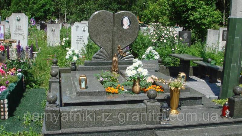 Пам'ятник Серці № 38