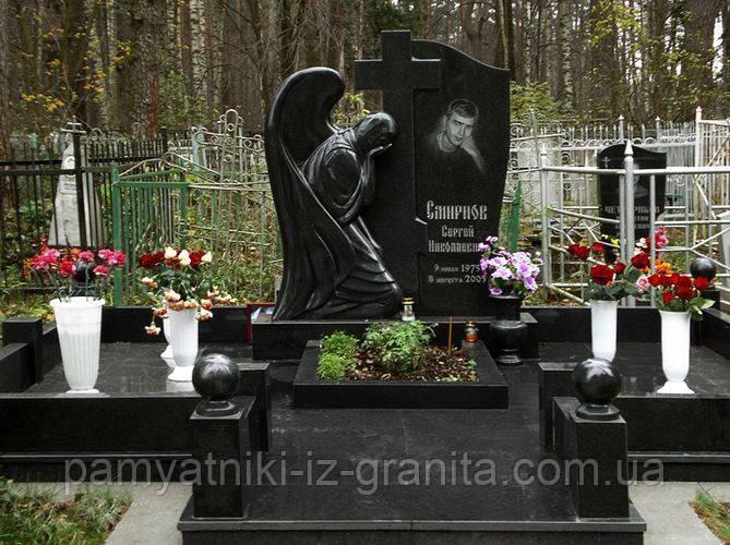 Памятник Ангел № 4
