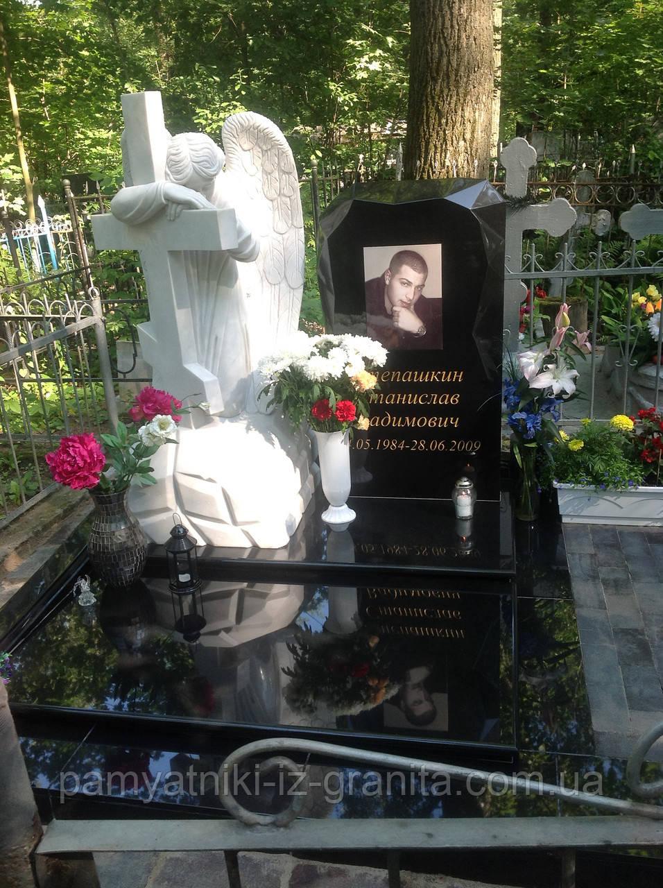 Памятник Ангел № 28