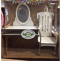 Набор деревянной мебели для кукол: трюмо и стул