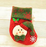Рождественский носок для подарков со снеговиком