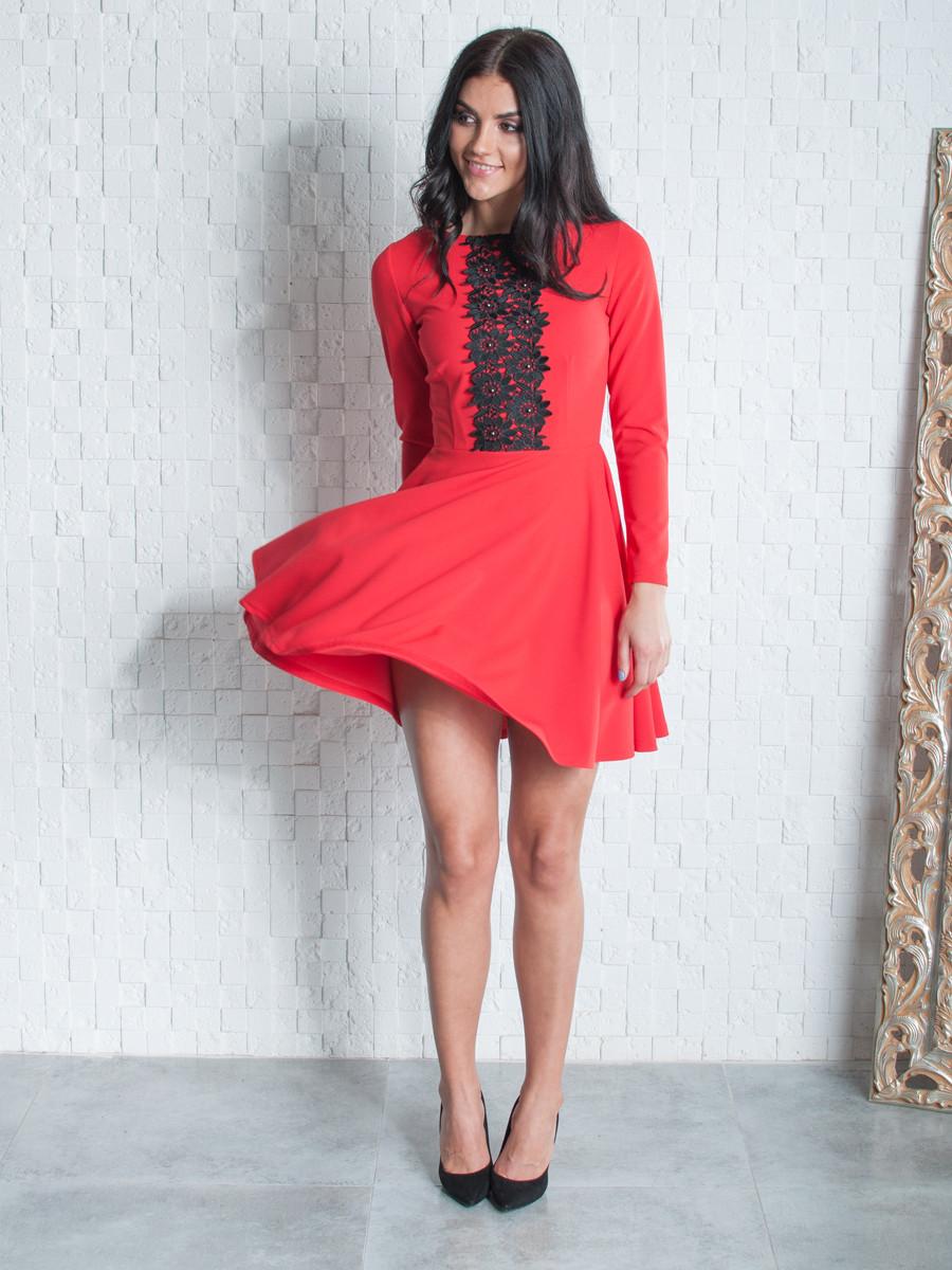 Женское платье с кружевом выше колена  44,46,48,50