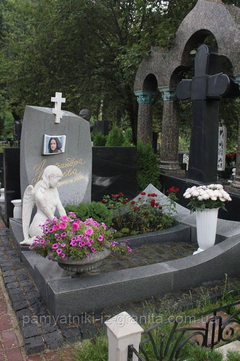 Памятник Ангел № 84