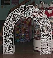 Свадебная арка с сердцем