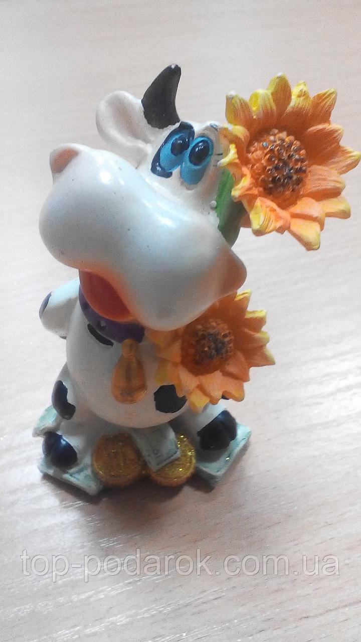 Статуэтка керамическая веселая Коровка высота 10 см