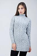 Женский свитер с вязкой в виде колец и жгутов