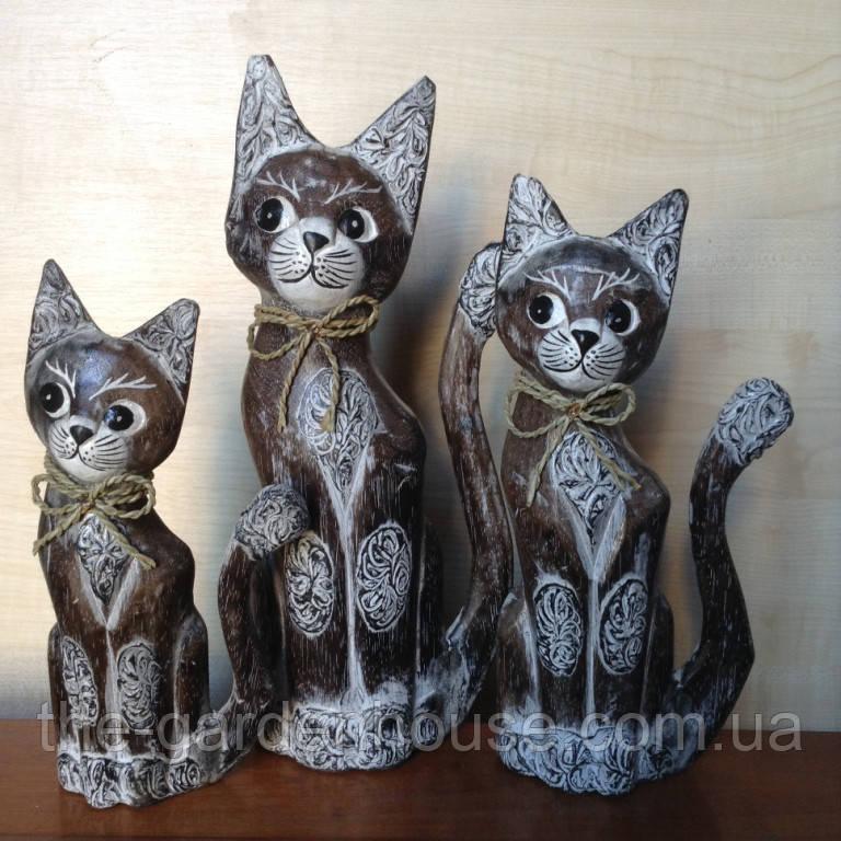 """Набор статуэток """"Семья котов в бантиках"""" (35, 30 и 25 см)"""