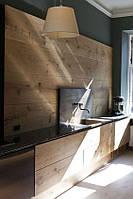 Кухня с деревянным фартуком на заказ