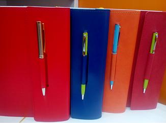 Ежедневник А5 датированный крем с петлей для ручки