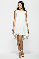 Нежное белое платье с воланом