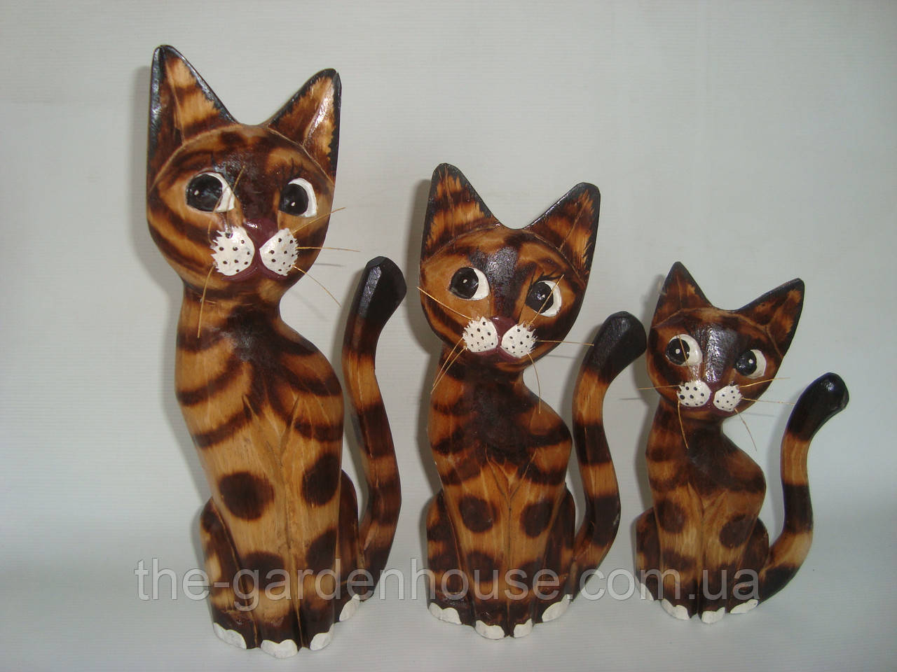 Семья пятнистых котиков (30, 25 и 20 см)