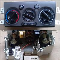Блок управления печкой (отопителем) кондиционером Mazda Premacy 1998-2005