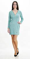 Женское трикотажное платье с вырезом мыс