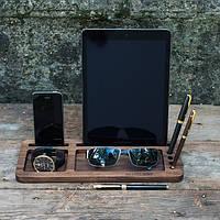 Подставка из дерева для планшета и смартфона