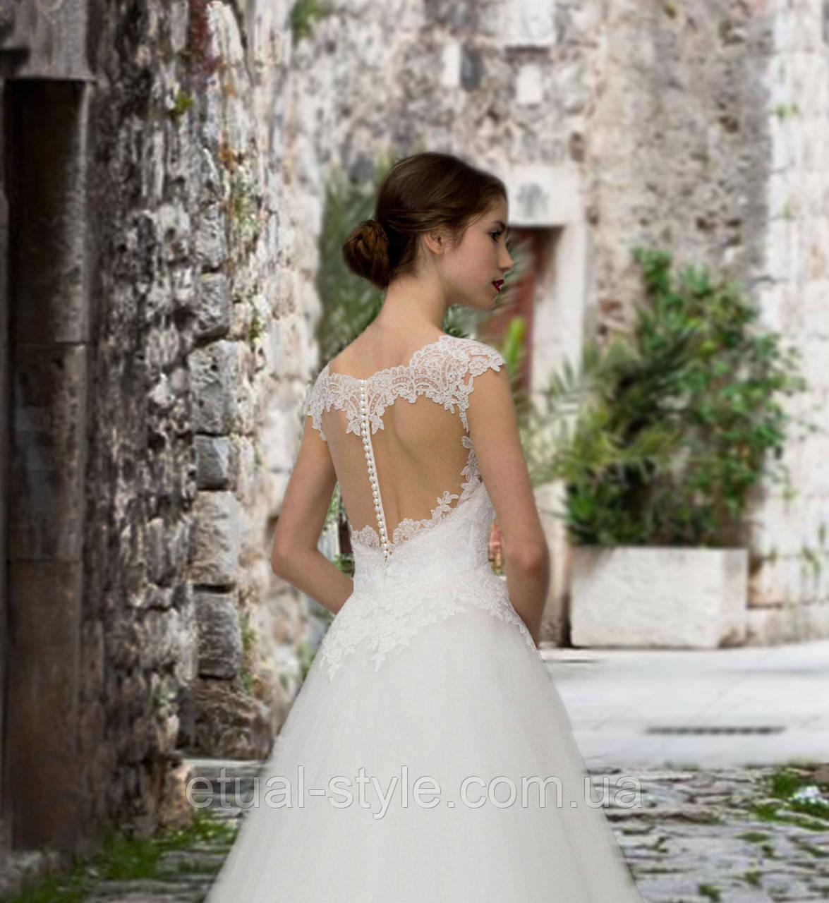 f76f3efb2110eea Свадебное платье