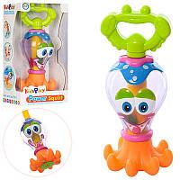 Детская игрушка для купания XLD111E, осьминог, 17см, брызгает водой(насос), в кор-ке, 10,5-21-8см