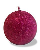 Свеча новогодняя шар большой малиновый с блестками 180 грамм