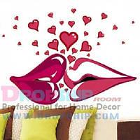 РАСПРОДАЖА! Виниловая наклейка - Поцелуй с сердечками