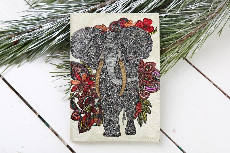 Обложка на Паспорт / Серый Слон с Цветами / Кожзам