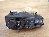 Блок управления печкой (отопителем) климат контролем Mazda  Хedos 6 1992-1999г.в.
