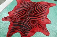 Натуральная шкура коровы с специальной окраской зебра на красном фоне, фото 1