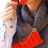 Рождественская брошь Гарланд Гарландские шары Bowknot Дизайн Chain Tassel Brooches Рождественский подарок Рубашка Воротник