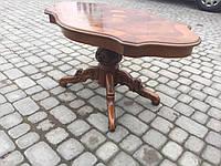 Итальянский обеденный стол  с фигурной столешницей