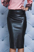 Стильная юбка из эко-кожи  черная