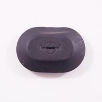 Заглушка пластиковая (31х21х8) б/у Рено