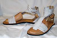 Сандалии J Shoes. Размер 38 (UK 6, EUR 39).