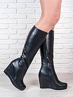 Модные кожаные сапоги на танкетке. АРТ- 6198-28.3
