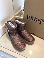 Брендовая зимняя обувь женская - UGG (Угги)