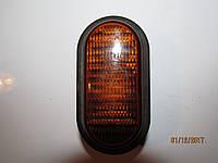 Повторитель поворота поворотник 7700847333 renault trafic 8200194580 opel vivaro рено трафик опель виваро