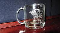 Оригинальная чашка для чая на подарок с гравировкой рисунка под заказ, фото 1