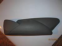 Пластик накладка на водительское сиденье правое renault trafic opel vivaro рено трафик опель виваро primastar