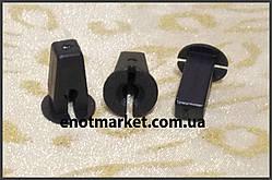 Крепление подкрылок (надколесные дуги) много моделей Skoda. ОЕМ: 6N0809966A