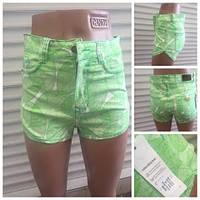 Женские шорты зеленые