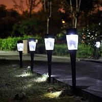 0.8W Солнечная Powered Пластик На открытом воздухе Сад LED Ландшафтный путь Газонокосилка Лампа