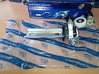 Кронштейн средний сдвиж.двери Е4 FT95369 3801610 3801610/FT95369